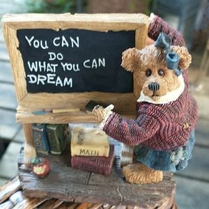 Boyd's Bears Bearstone Collection Mrs. Appleby